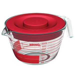 pyrex measuring cup made easy  to clean